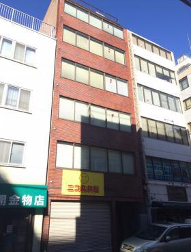 上田司町ビルの外観写真