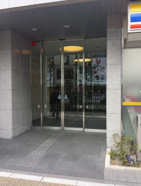MPR東上野 旧)グランスクエア東上野のエントランス