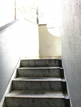 ニュー駿河台ビルの内装