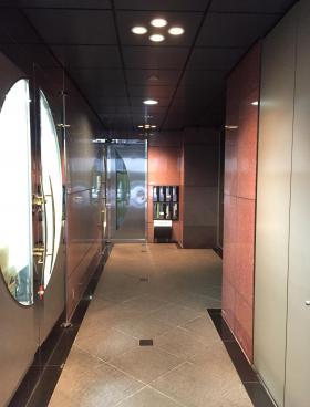 MECビルの内装