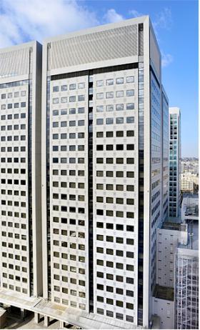 日立ソリューションズタワーBの外観写真