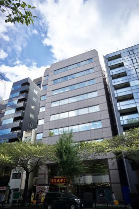 飛栄九段ビルの外観写真