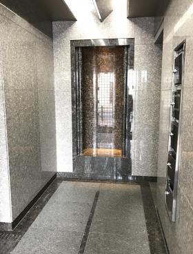 駒信インテリジェントビルの内装