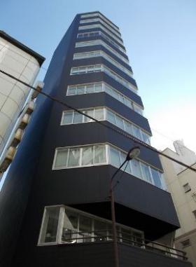 ユニゾ内神田一丁目(AUSPICE内神田)ビルのエントランス