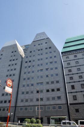 新宿EAST COURTビルの外観写真