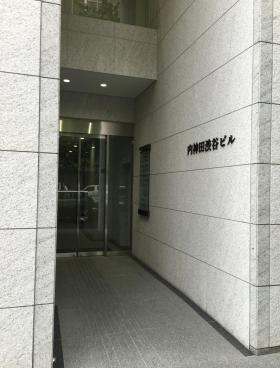 内神田渋谷ビルのエントランス