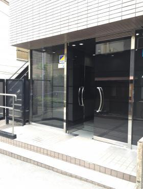 TOHMA高田馬場のエントランス
