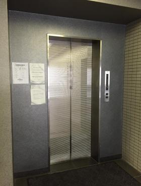 ステージ内神田の内装