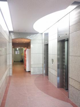 ビジョンオフィス神田(神田パークプラザ)ビルの内装