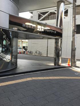 神田槇町トライアングルタワーズビルの内装