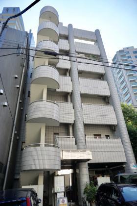 麹町高善ビルの外観写真