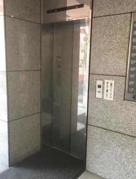 石川興産ビルの内装