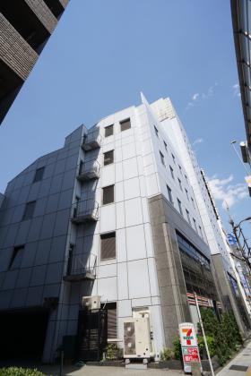 初台共同ビルの外観写真