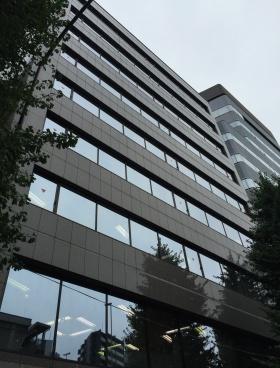 いちご渋谷道玄坂(渋谷YT)ビルのエントランス