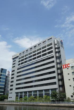 鈴与浜松町ビルの外観写真