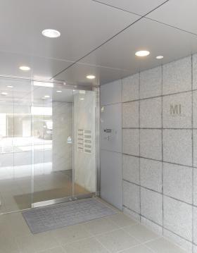 元赤坂MIビルの内装