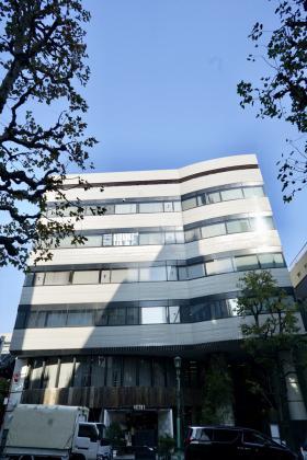 青山(SEIZAN)ビルの外観写真