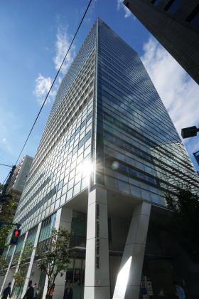 アークヒルズフロントタワーRoPビルの外観写真