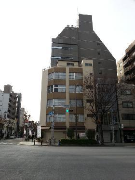 2176 Tm buildingの外観写真