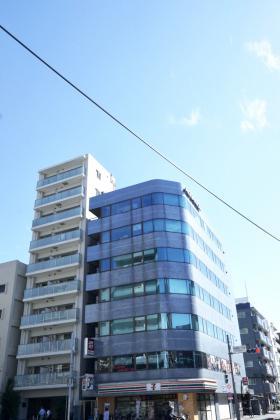 吾妻橋アドバンスビルの外観写真