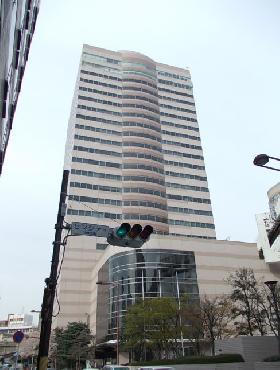 センシティビルディングの外観写真