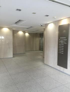 東信商事ビルの内装