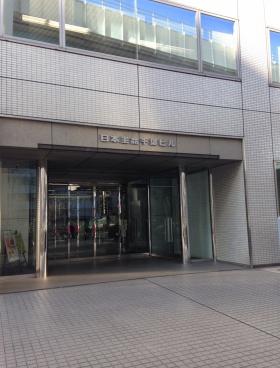 日本生命千葉ビルのエントランス