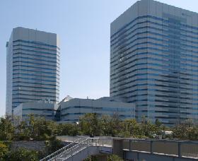 幕張テクノガーデンD棟の外観写真
