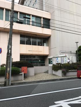 千葉中央コミュニティセンターのエントランス
