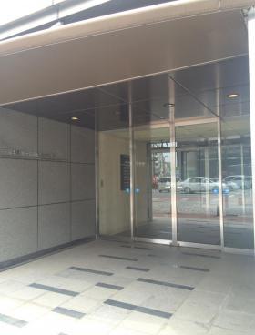 千葉本町第一生命ビルのエントランス