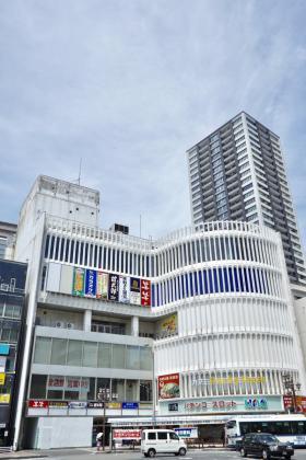八幡旗ビルディングの外観写真