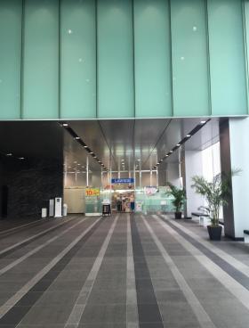 横浜ブルーアベニューの内装