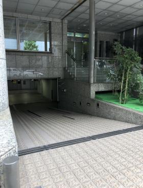 ニッテン神田ビルの内装