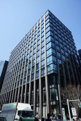 東京建物日本橋ビルのエントランス