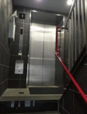 八重洲境井ビルの内装