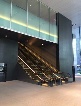 東京スクエアガーデンの内装
