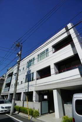コートイン信濃町(大京町)の外観写真