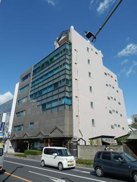JS-1ビルの外観写真