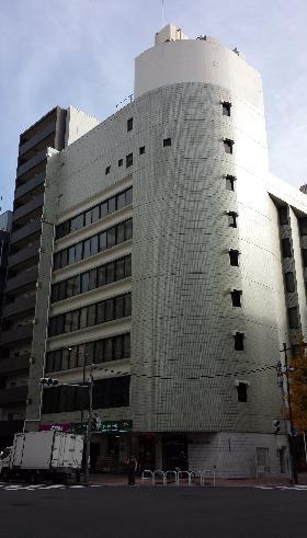 早川トナカイビルの外観写真