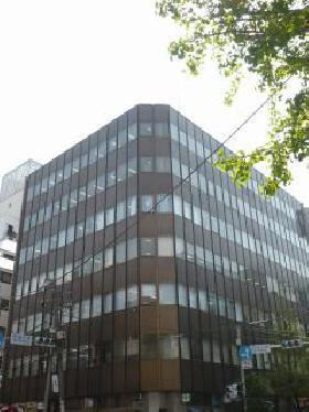 神田鍛治町ビルの外観写真