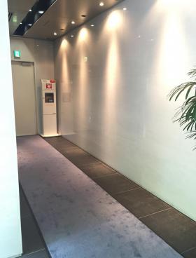 八重洲香川ビルの内装
