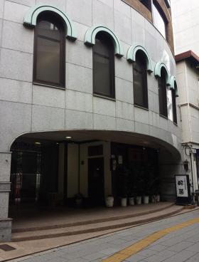 西新宿TOKビルのエントランス