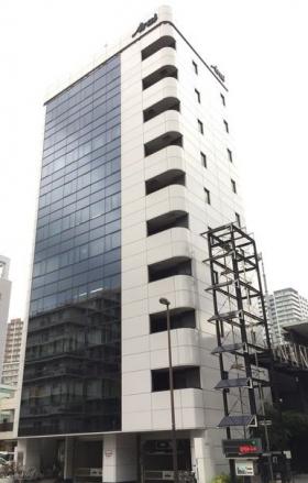 アライ吉敷1丁目ビルの外観写真