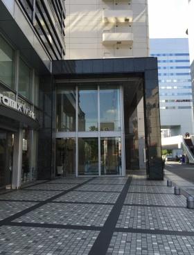 大宮センタービルのエントランス