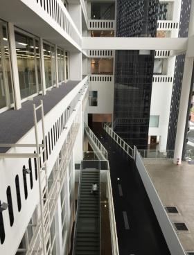 ニューシティー多摩センタービルの内装