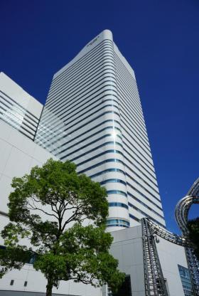 クイーンズタワーAビルの外観写真