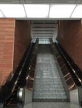 横浜イーストスクエアビルの内装
