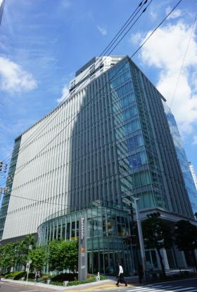 横浜プラザビルの外観写真