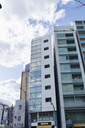 ONZE1852ビルの外観写真