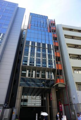 ヨコハマジャスト2号館の外観写真